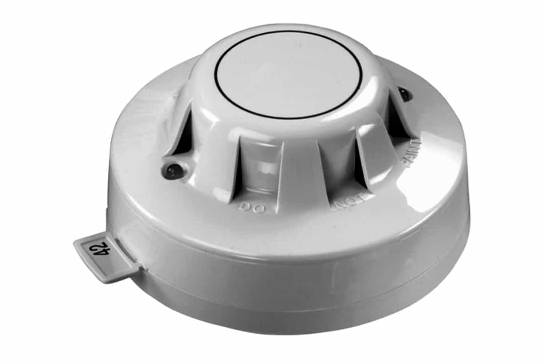 Addressable smoke detector for fire alarm system